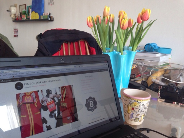 Tulpen en laptop